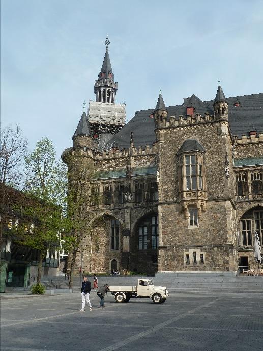 Rathaus aachen marienturm wiegand architektur for Architektur aachen